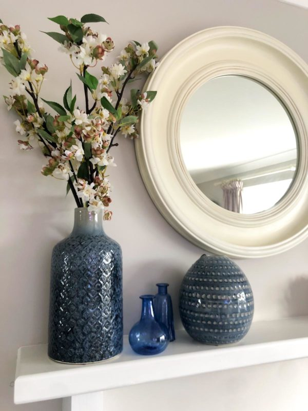 Lapis Vases